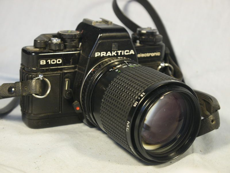 B100 nice set 135mm 2.8 praktica b100 slr camera 135 mm 2.8 lens